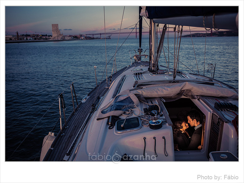 engagement-session-sailboat-lisbon-portugal-33