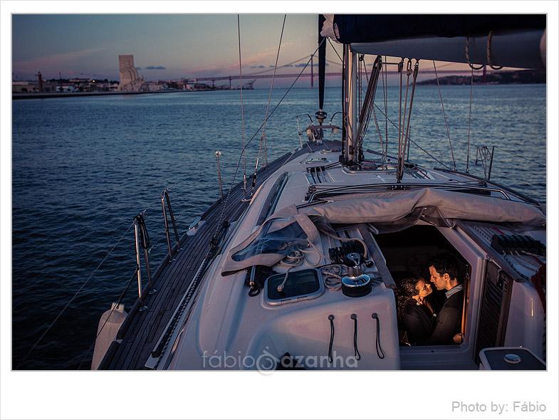 engagement-session-sailboat-lisbon-portugal-33